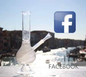 FACEBOOK LOGO 420 MURANO GLASS